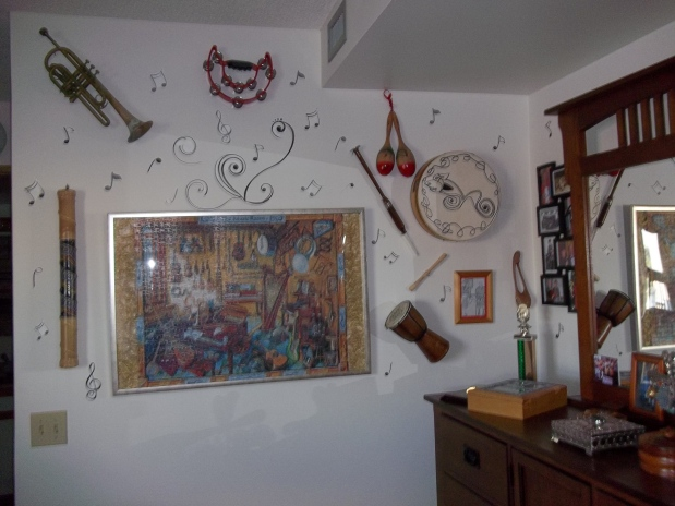 A MUSICAL WALL DISPLAY