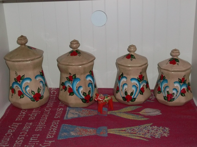 Kitchen-Rosemaled Canisters and Dalarna Hest, Swedish Cloth