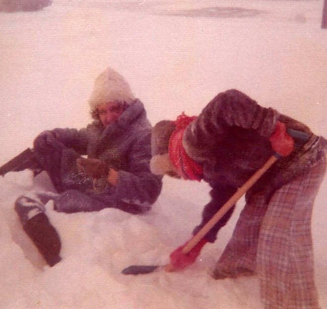lori-shoveling-doreen-out-of-snowbank-christmas-1972